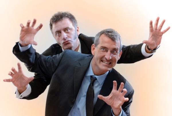 Asier y Javier, humoristas gráficos de Bilbao. No se tomaron la medicación.
